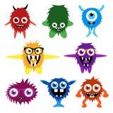 Grupo do vetor de monstro bonitos e de estrangeiros dos desenhos animados Fotografia de Stock Royalty Free