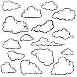 Grupo do vetor de nuvens do esboço Imagem de Stock