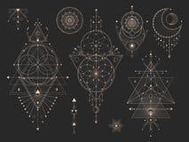 Grupo do vetor de símbolos geométricos sagrados com lua, olho, setas, dreamcatcher e figuras no fundo preto Místico abstrato do o ilustração do vetor