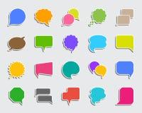 Grupo do vetor dos ícones da etiqueta do remendo da bolha do discurso ilustração stock