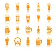 Grupo do vetor dos ícones da silhueta da cor da caneca de cerveja ilustração do vetor