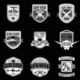 Grupo do vetor dos logotypes e dos crachás da loja de arma Fotografia de Stock