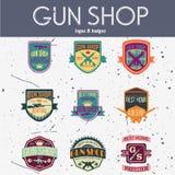 Grupo do vetor dos logotypes e dos crachás da loja de arma do pop art Foto de Stock