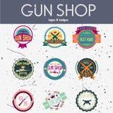 Grupo do vetor dos logotypes e dos crachás da loja de arma do pop art Foto de Stock Royalty Free