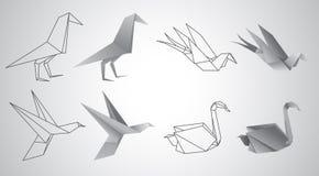 Grupo do vetor dos pássaros do origâmi Fotos de Stock