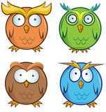 Grupo dos desenhos animados da coruja Imagens de Stock Royalty Free