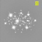 Grupo dos efeitos das luzes de incandescência brancos isolado no fundo transparente Flash de Sun com raios e projetor Luz do fulg Foto de Stock Royalty Free
