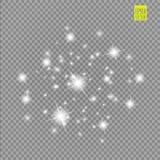 Grupo dos efeitos das luzes de incandescência brancos isolado no fundo transparente Flash de Sun com raios e projetor Luz do fulg Imagens de Stock Royalty Free