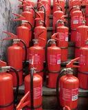 Grupo dos extintores 3d ilustrados ilustração stock