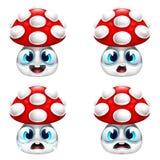 Grupo engraçado do sorriso do cogumelo Imagens de Stock Royalty Free