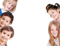 Grupo feliz de crianças imagem de stock