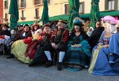 Grupo feliz de gente disfrazada Fotos de archivo libres de regalías