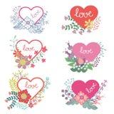 Grupo floral do vetor com corações Grupo bonito do vintage Imagens de Stock Royalty Free