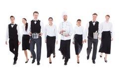 Grupo grande de camareros y de camareras imágenes de archivo libres de regalías