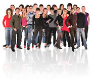 Grupo grande de gente joven Imagenes de archivo