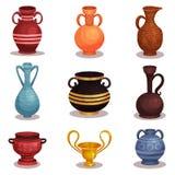 Grupo liso do vetor de várias ânforas Grego clássico ou cerâmica romana para o vinho ou o óleo Jarros velhos da argila com orname ilustração royalty free