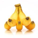 Grupo maduro fresco das bananas isolado no branco Imagens de Stock Royalty Free
