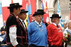 Grupo masculino suizo del folclore del suizo de la American National Standard del estribillo en el día nacional en rico-ciudad de fotos de archivo libres de regalías