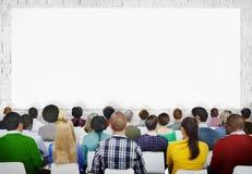 Grupo multi-étnico de audiências com espaço da cópia foto de stock royalty free