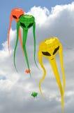 Grupo pequeno de papagaios do invasor do espaço Fotos de Stock Royalty Free