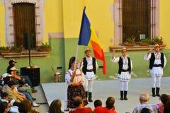 Grupo romeno da dança no festival cultural Imagens de Stock