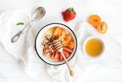Grupo saudável do café da manhã imagens de stock royalty free