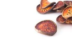 Grupo secado de la fruta del bael Fotos de archivo