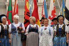 Grupo suizo del folclore de la American National Standard del estribillo femenino en el día nacional en rico-ciudad del ¼ de ZÃ fotos de archivo