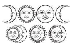 Grupo tirado do sol da arte do projeto da tatuagem de Boho mão instantânea chique e da lua do crescente Vetor antigo do projeto d Imagem de Stock