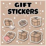 Grupo tirado mão das etiquetas das caixas de presente Garatujas dos desenhos animados ilustração royalty free