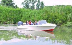 Grupo turístico en el delta de Danubio Imagen de archivo libre de regalías