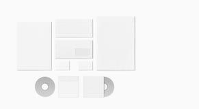 Grupo vazio dos artigos de papelaria isolado no branco Fotografia de Stock Royalty Free