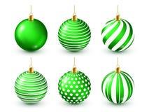 Grupo verde brilhante das bolas da árvore de Natal Decoração do ano novo Estação do inverno Feriados de dezembro Cumprimentando o ilustração royalty free
