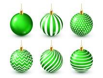Grupo verde brilhante das bolas da árvore de Natal Decoração do ano novo Estação do inverno Feriados de dezembro Cumprimentando o ilustração stock