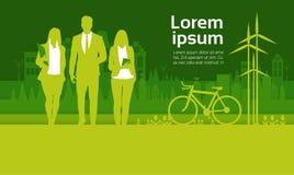 Grupo verde de los empresarios de la silueta sobre hombre de negocios del fondo de la ciudad y el equipo de mujer ilustración del vector