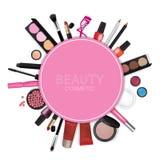 Grupos de cosméticos no fundo branco Fotografia de Stock Royalty Free