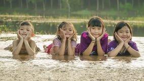Grupp av asiatiska barn Royaltyfria Foton