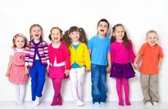 Grupp av barn royaltyfri bild