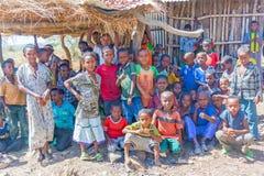 Grupp av barn i Etiopien Royaltyfria Foton