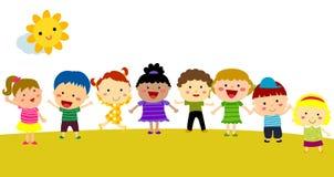 Grupp av barn som har gyckel royaltyfri illustrationer