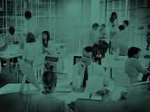 Grupp av begreppet för möte för kontor för affärsfolk det funktionsdugliga stock illustrationer