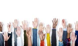 Grupp av begreppet för volontär för handarmar det lyftta Arkivfoton