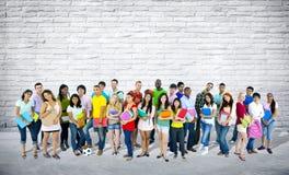 Grupp av blandade ålder- och loppstudenter Royaltyfria Foton