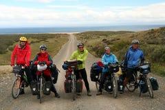 Grupp av cyklister Fotografering för Bildbyråer