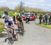 Grupp av cyklister - Paris Roubaix 2016 Arkivbilder