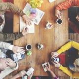 Grupp av det multietniska formgivareidékläckningbegreppet royaltyfria foton
