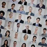Grupp av det multietniska olika begreppet för affärsfolk royaltyfri bild