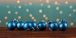 Grupp av härliga dekorativa julbollar Royaltyfria Bilder