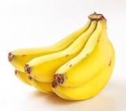 Grupp av isolerade bananer Royaltyfri Bild