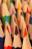 Grupp av kulöra blyertspennor, textur av kulöra blyertspennor Fotografering för Bildbyråer